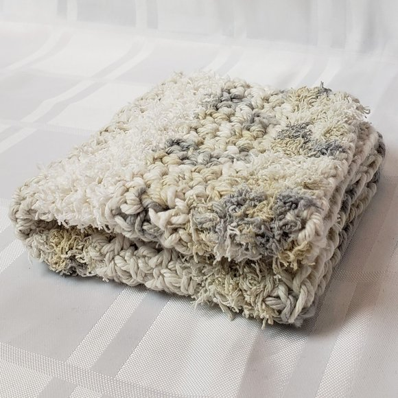 BUNDLE 🍽️ 2/$15 🍽️ Dishcloths
